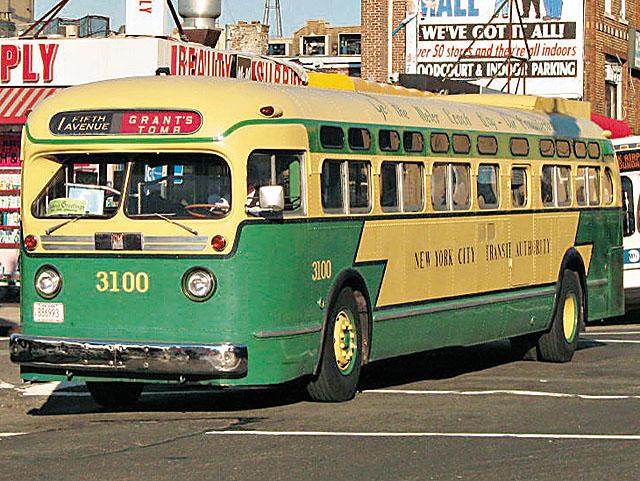 30 年 代 GM 成 功 �� �� 美 �� 巴 士 服 �� , �� 集 �F 大 �X 。