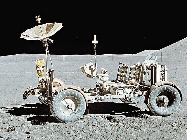 1969 年 7 月 20 日 人 首 次 踏 足 月 球 所 用 的 登 月 就 是 由 GM 集 �F �u 造 。