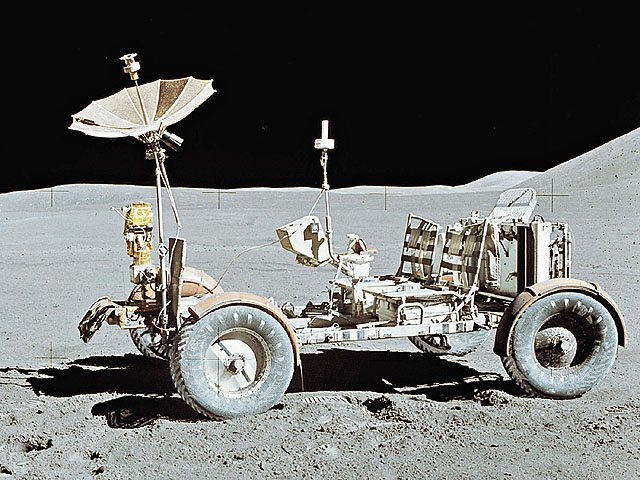 mooncar.jpg