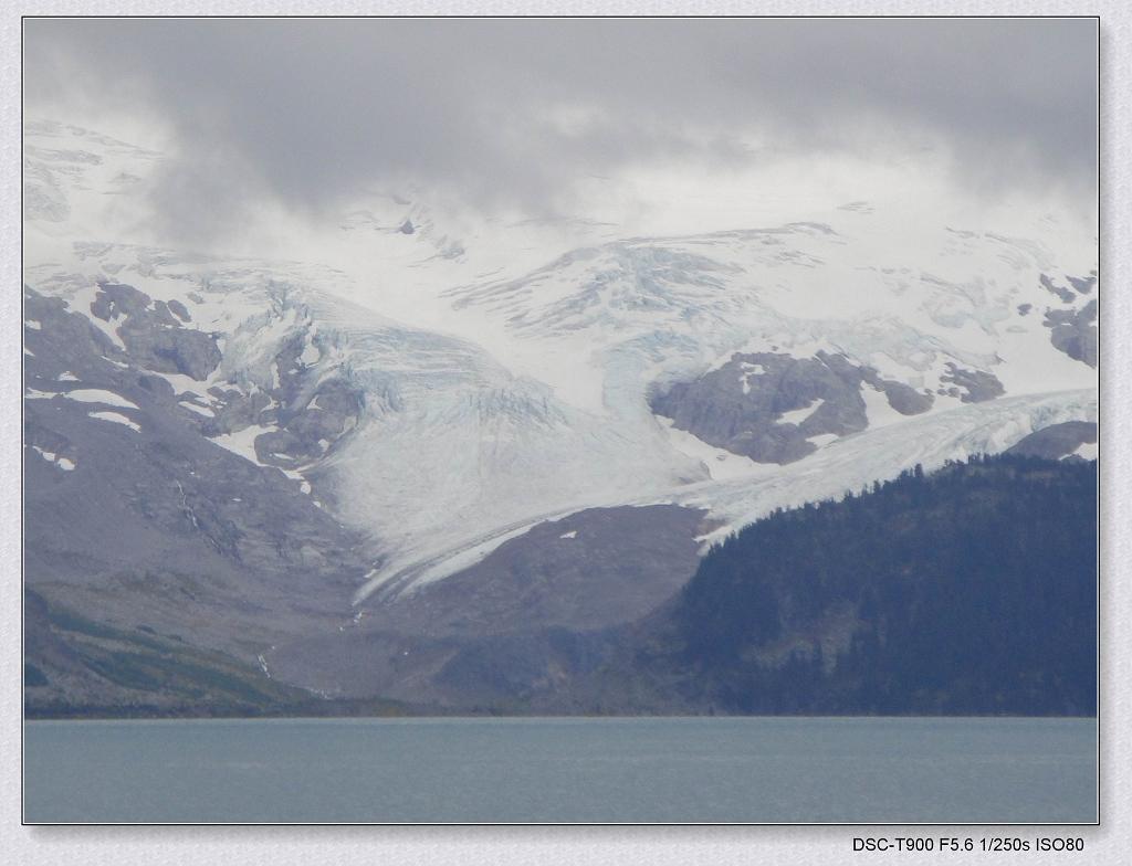 远处的冰川