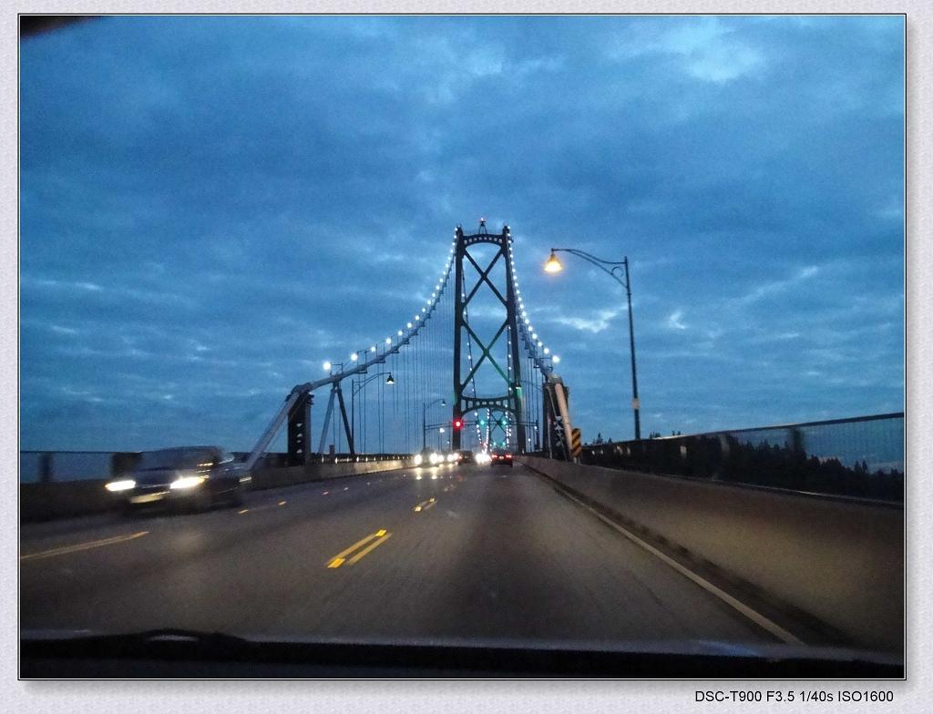 到狮门桥时天已黑