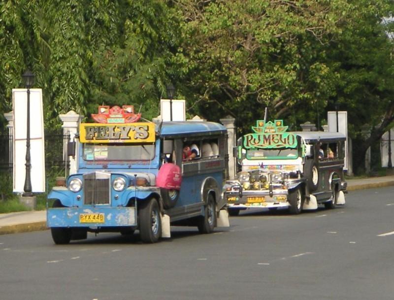 PH-Manila-Jeepneys.jpg