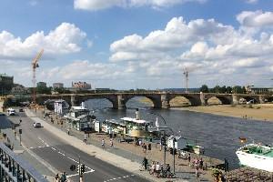 横跨易北河的奥古斯特桥